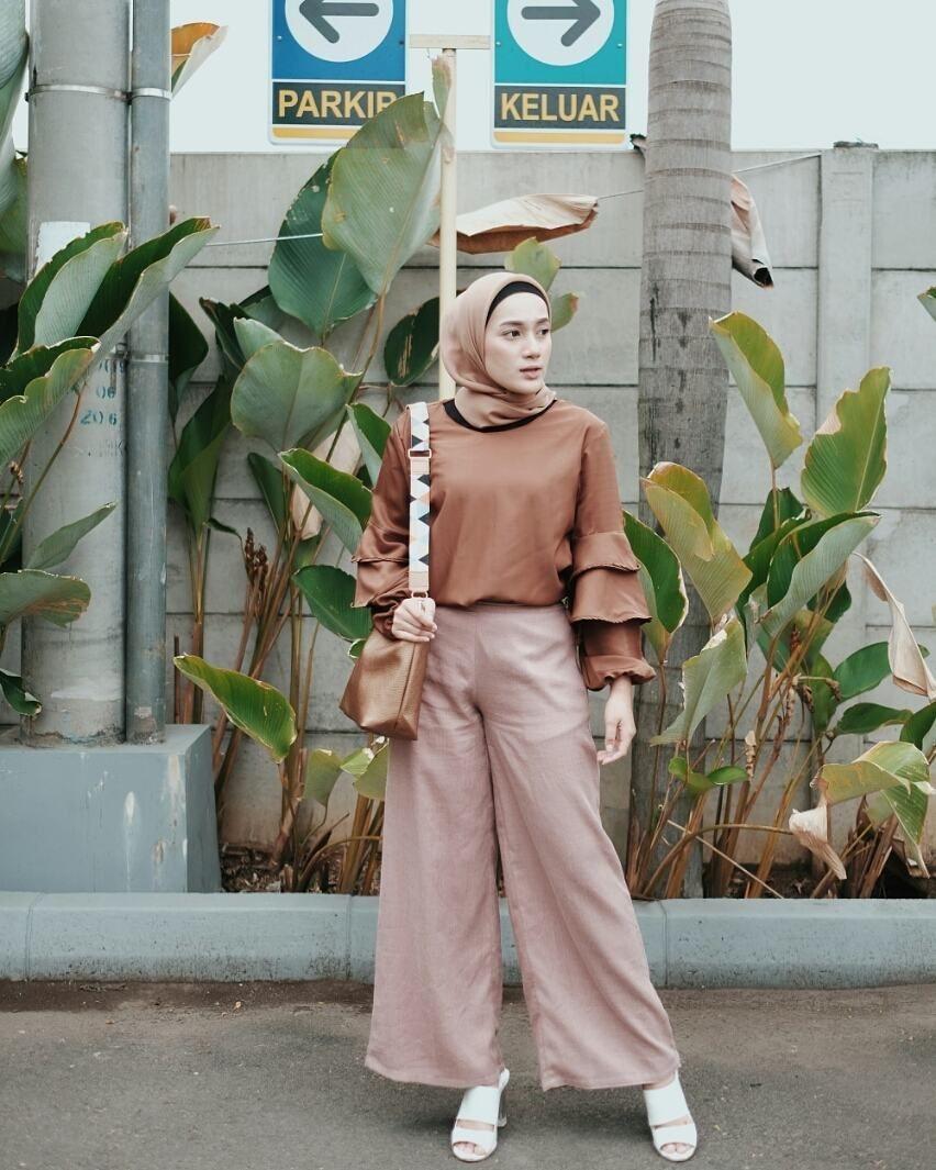 baju setelan celana hijab dengan warna earth tone