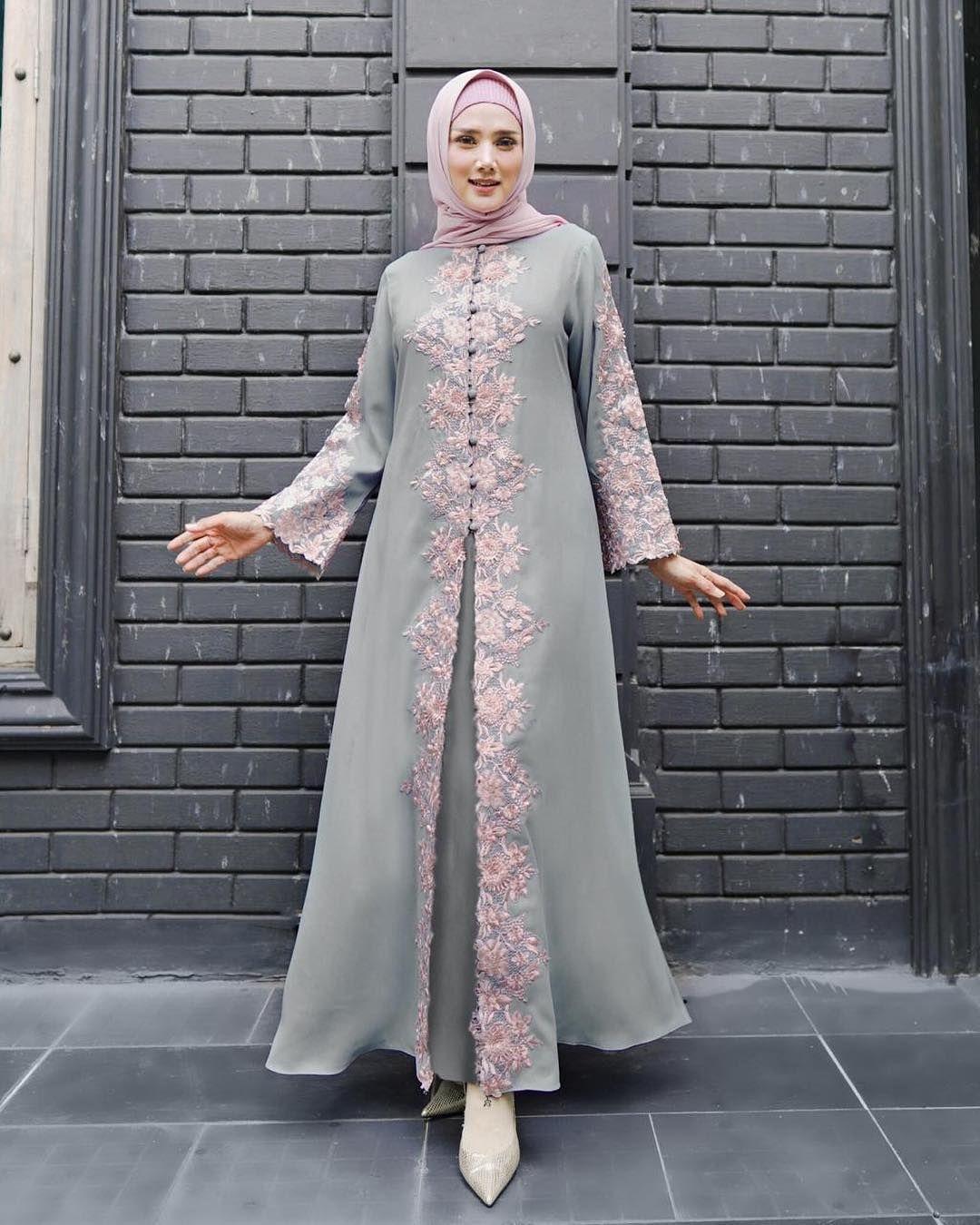 Dress abu abu pink