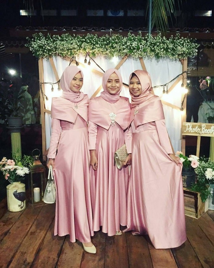 Dress cantik untuk bridesmaid