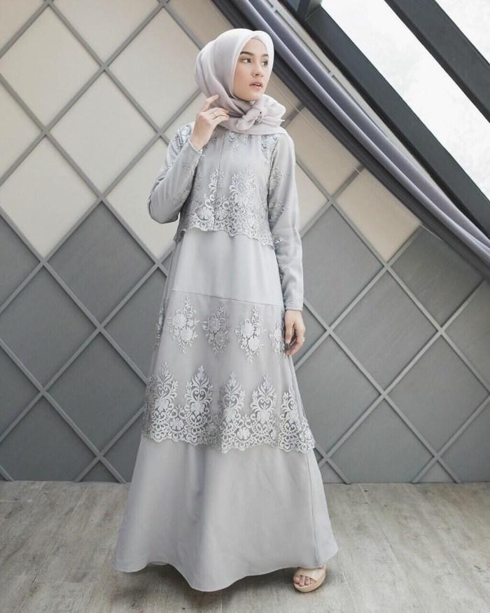 Dress cantik warna abu abu
