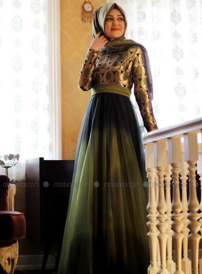 Gaun pesta elegant warna hijau