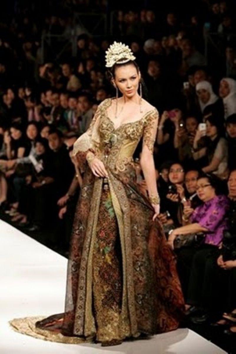 Gaun pesta ratu