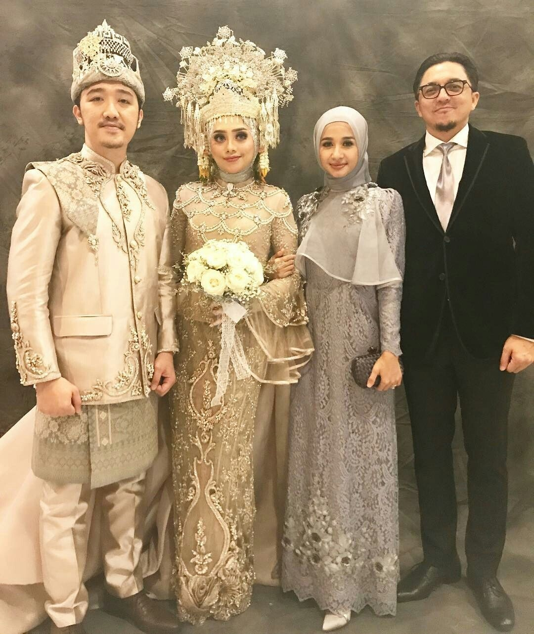 Gaun untuk pernikahan