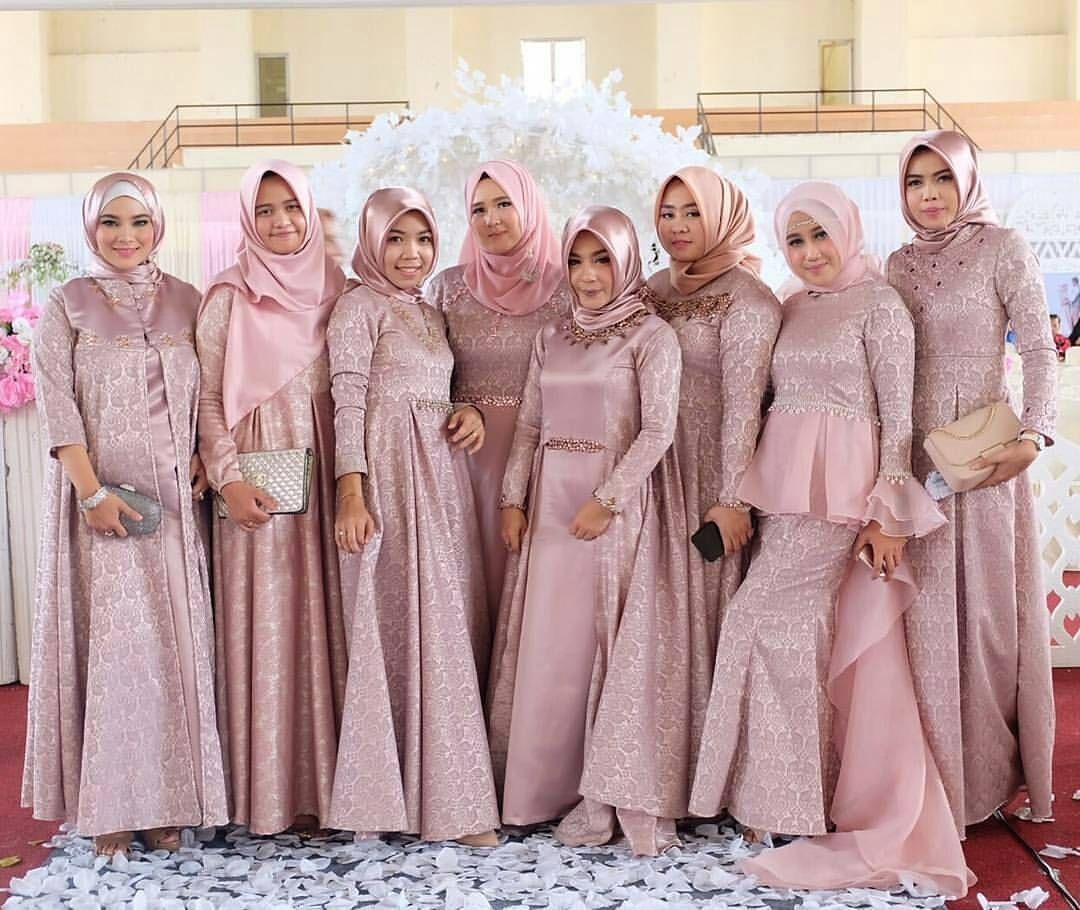 Inspirasi dress untuk bridesmaid