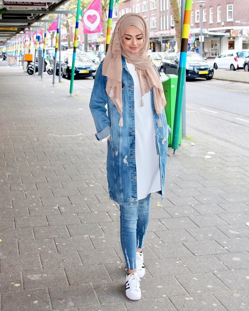 Style baju hijab simple serba denim
