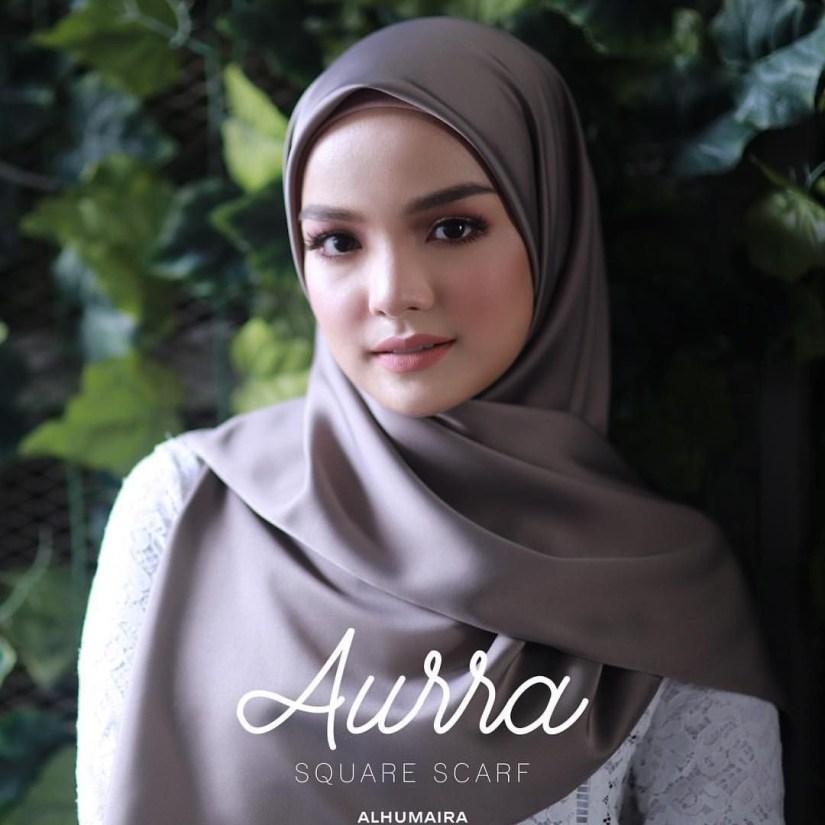 tutorial hijab pashmina satin yang elegan