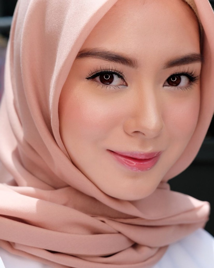Tutorial make up natural hijab ala Korea