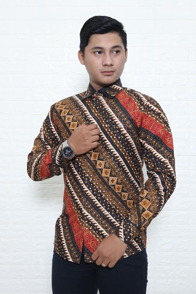 batik modern pria dengan bahan katun asli batik dlidir