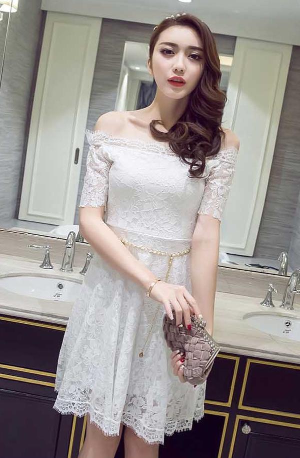 dress brokat modern pendek warna putih model sabrina 39a64