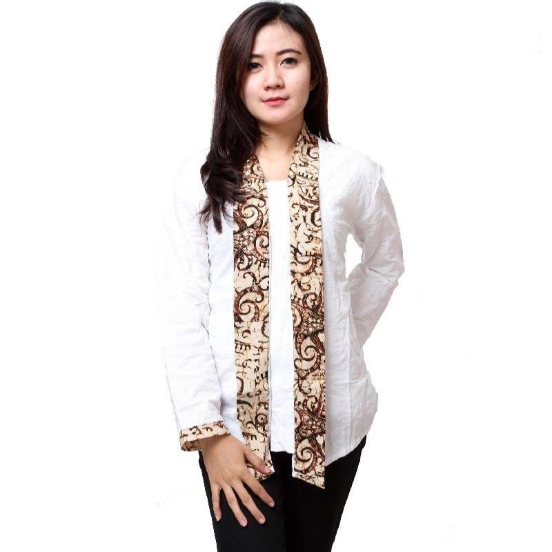 koleksi model blus kantor batik modern desain unik