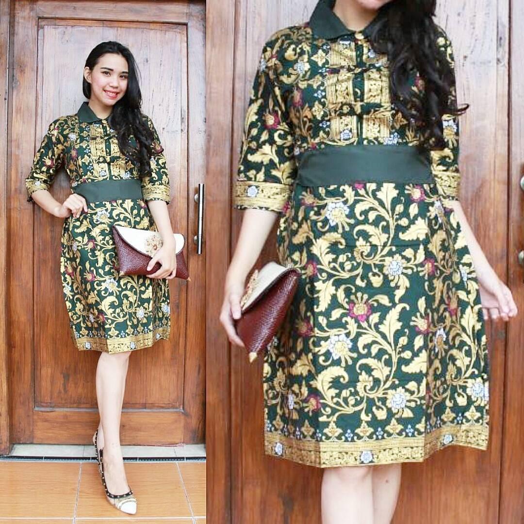 model baju batik wanita untuk pesta pernikahan fashion tren