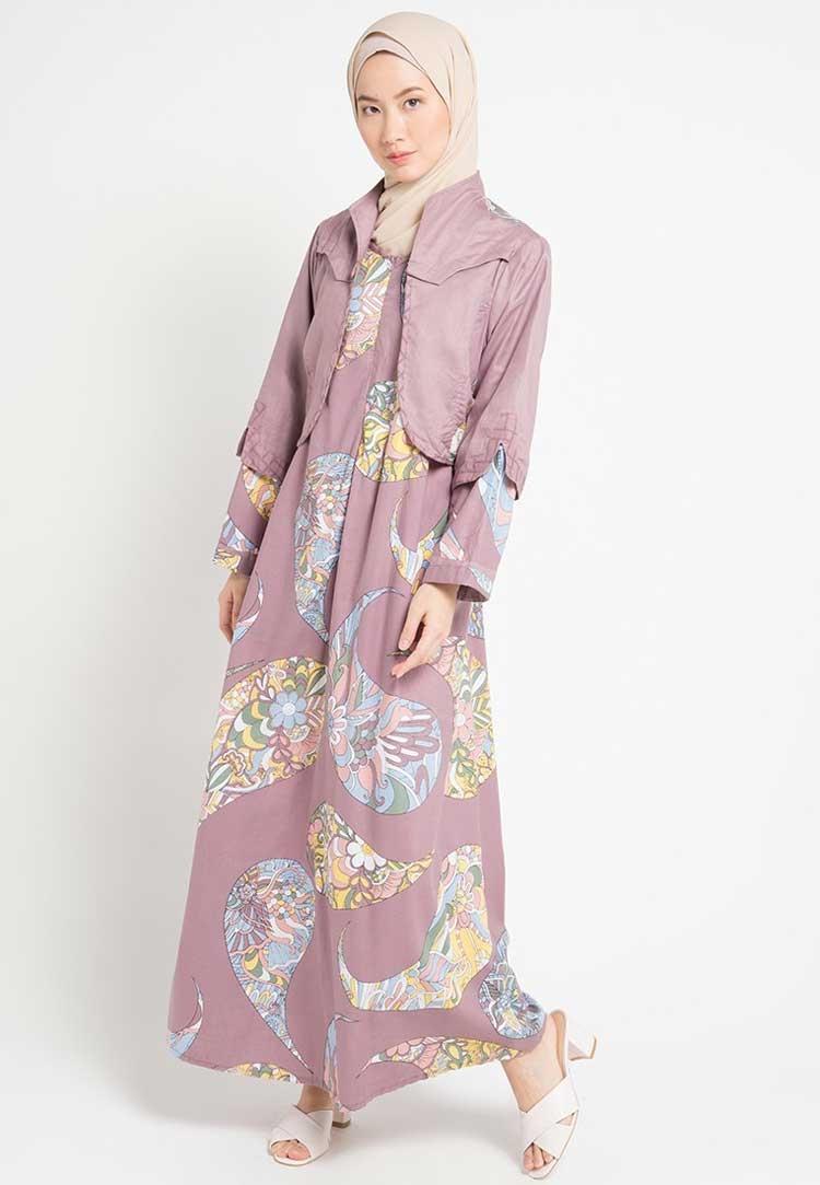 photo desain baju batik gamis wanita kerabatdesain