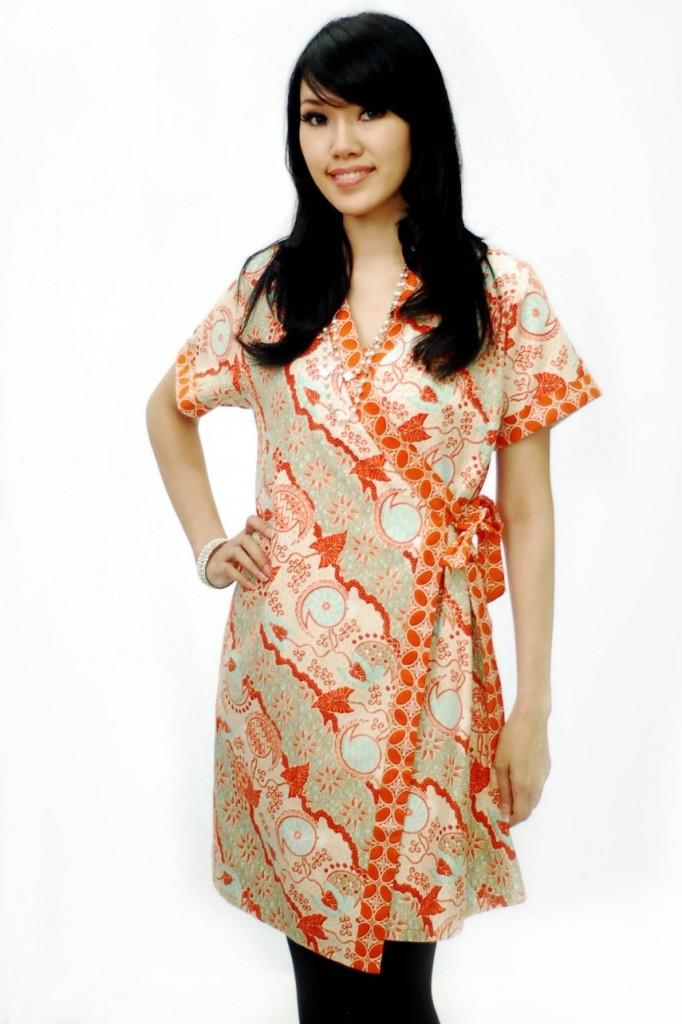 referensi model baju batik terbaru untuk wanita