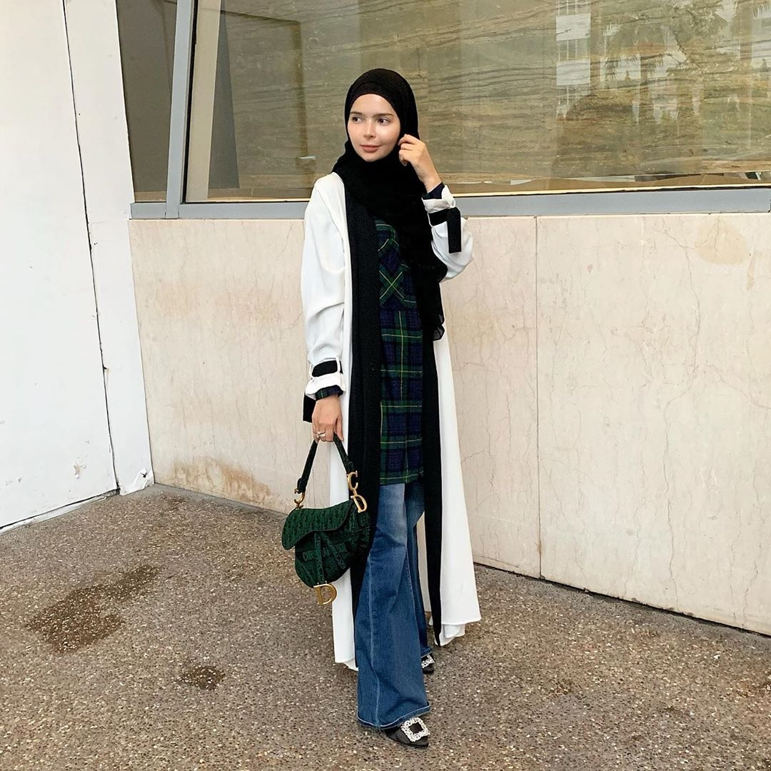 ootd hijab pashmina ala selebgram vivi mari zubedi wokeid 1