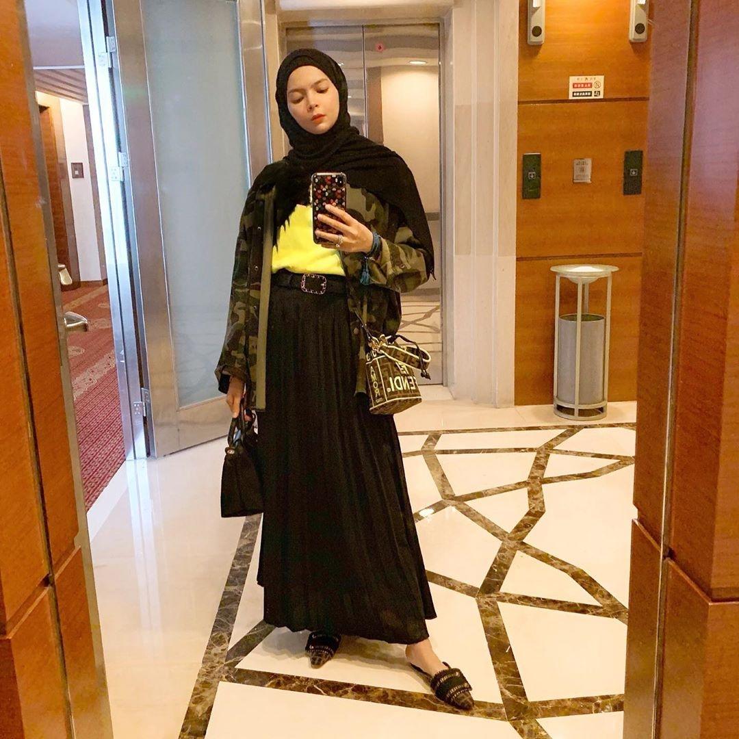 ootd hijab pashmina ala selebgram vivi mari zubedi wokeid