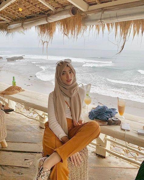 ootd hijab untuk ke pantai di 2020 pakaian pantai model