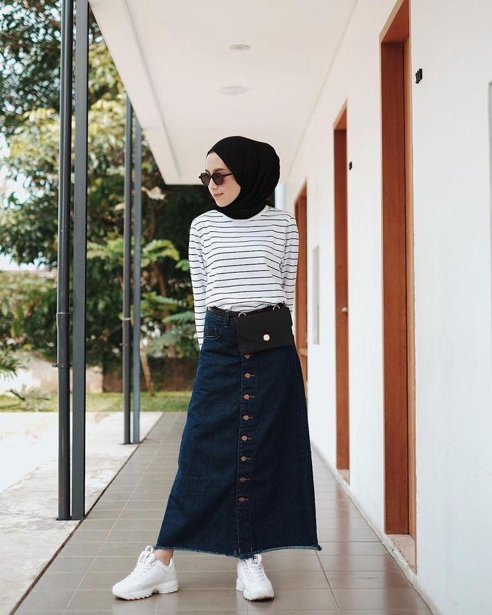 paling inspiratif ootd hijab rok jeans span keep me blogs