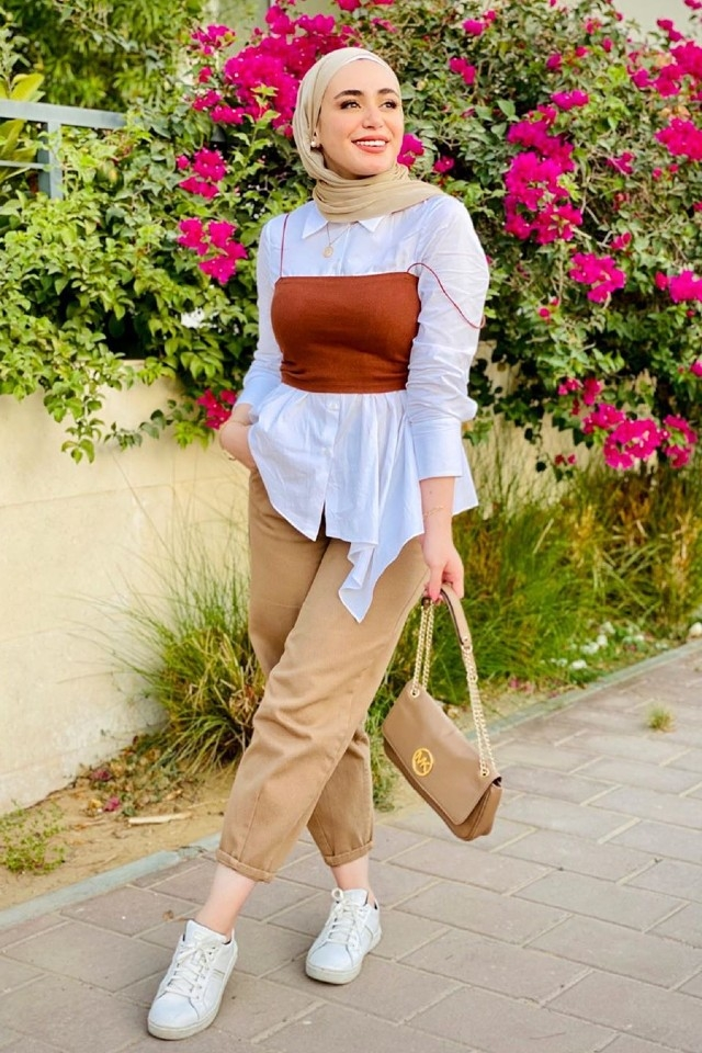 9 different ways you can wear crop tops with the hijab