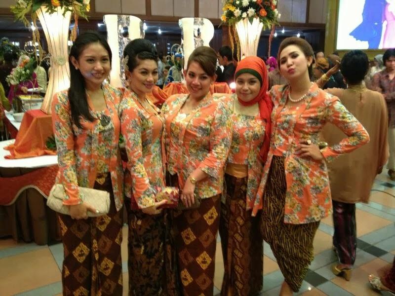 galeri seragam batik panitia pernikahan batik mumtaz