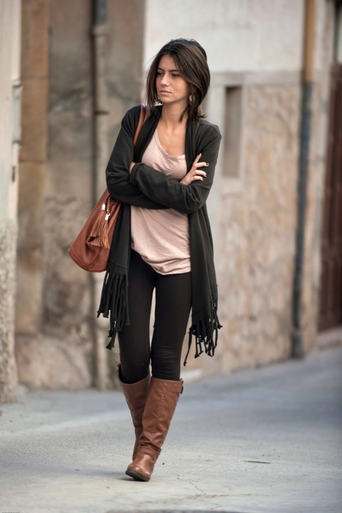 how to style a wear with leggings and boots fashion 2d
