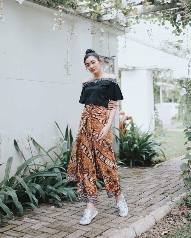 outfit kondangan simple remaja outfit kondangan simple