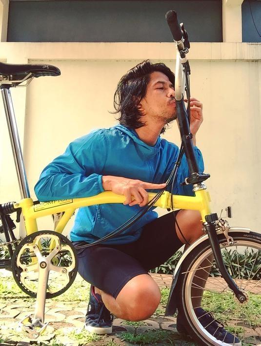senang bersepeda ini manfaat yang dirasakan ariyo wahab