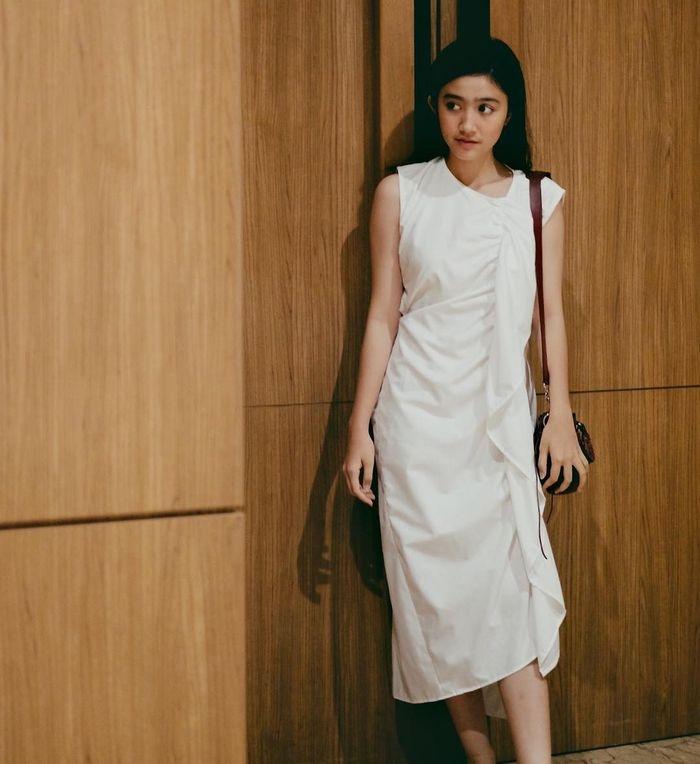 simpel elegan ini 4 ide dress putih feb rastanty buat