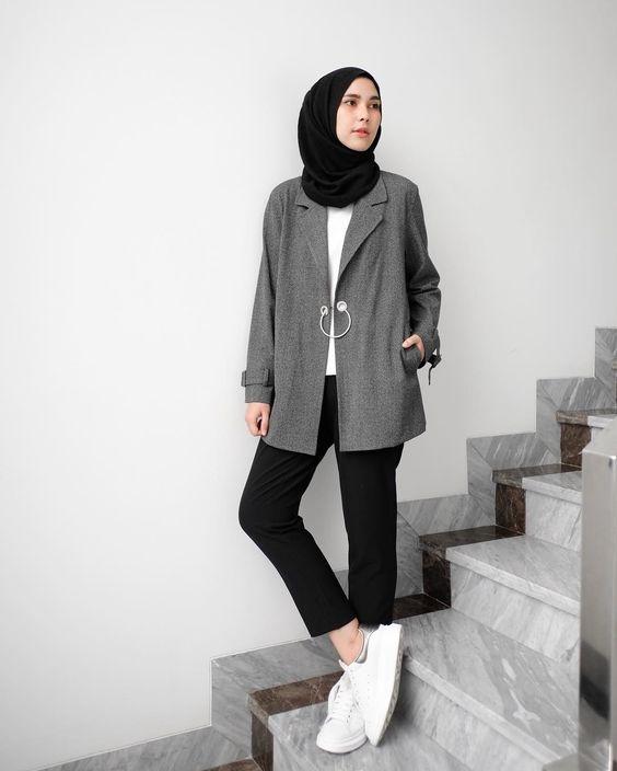 chic hijab style ideas with blazer hijab style