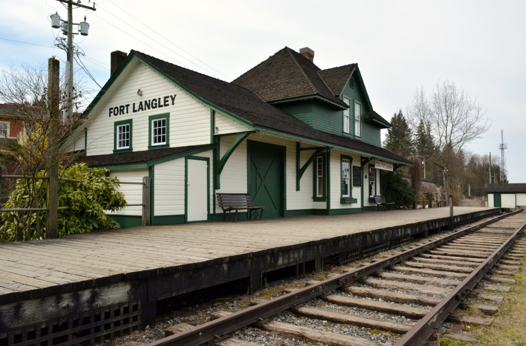 history of fort langley