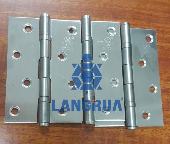 Sản phẩm bản lề inox 304 được sản xuất tại công ty cổ phần Làng Rùa