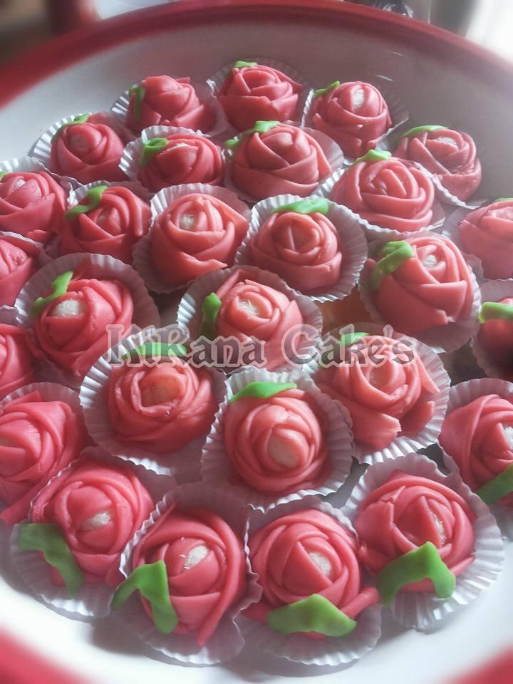 Dadar Gulung Mawar : dadar, gulung, mawar, Dadar, Gulung, Mawar, Dyantiee, Kirana, Efendhy, Langsungenak.com