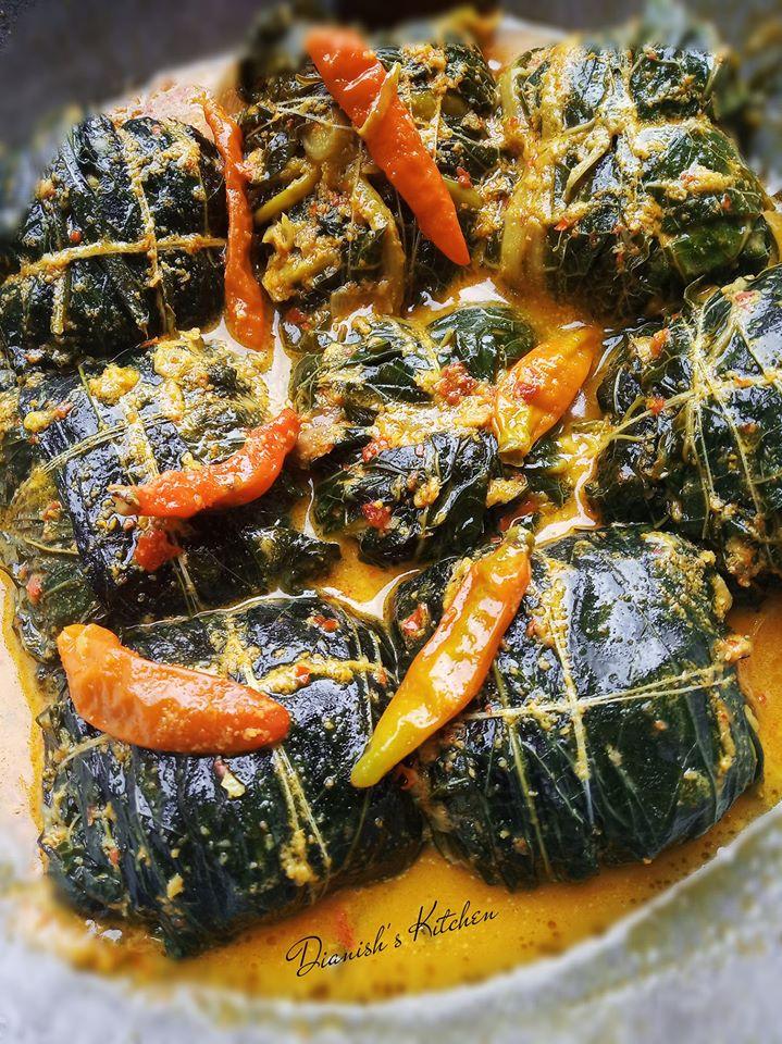 Sayur Daun Pepaya : sayur, pepaya, Buntil, Pepaya, Singkong, Dianish's, Kitchen