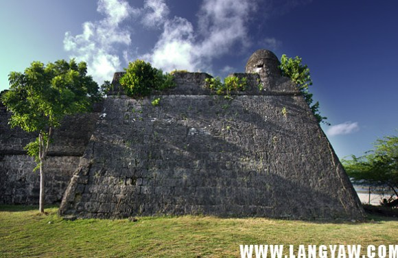 A bastion, part of the fortress-church complex of Agutaya. Like the one in Cuyo, it was built by the Augustinian Recollects.