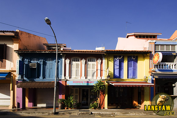 The colorful colonial era buildings in Little India, Singapore