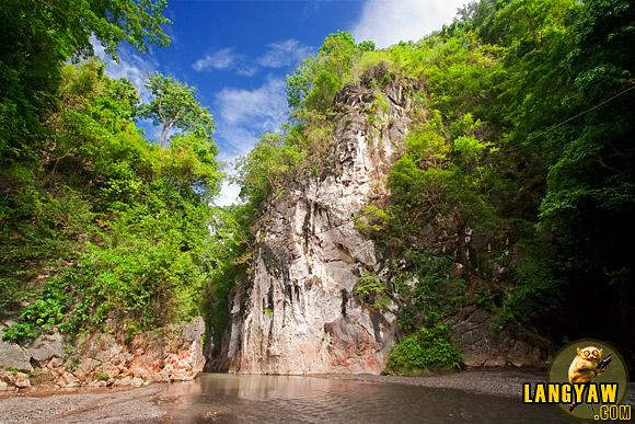 Cebu Marmol Cliff