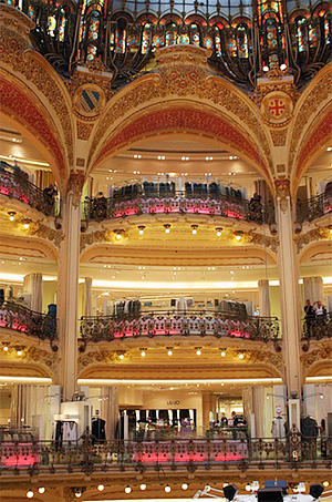 Parisian Department Store, Galeries Lafayette: http://www.flickr.com/photos/saitor/1109200041/