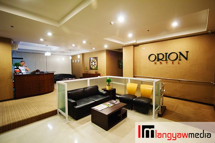 Orion Hotel lobby