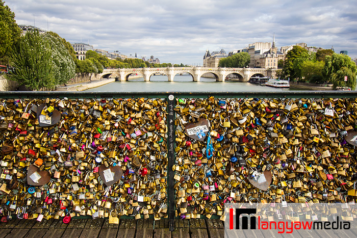 Padlocks at Pont des Arts