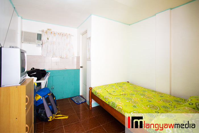 A single room at only P1000, high season