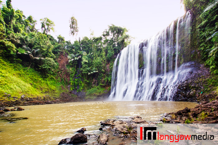 Beautiful Sta. Cruz Falls in Brgy. Sta. Cruz, Kapatagan, Lanao del Norte