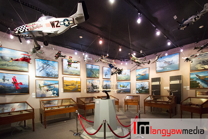 One of the sections of the gallery devoted to mid 20th century war planes