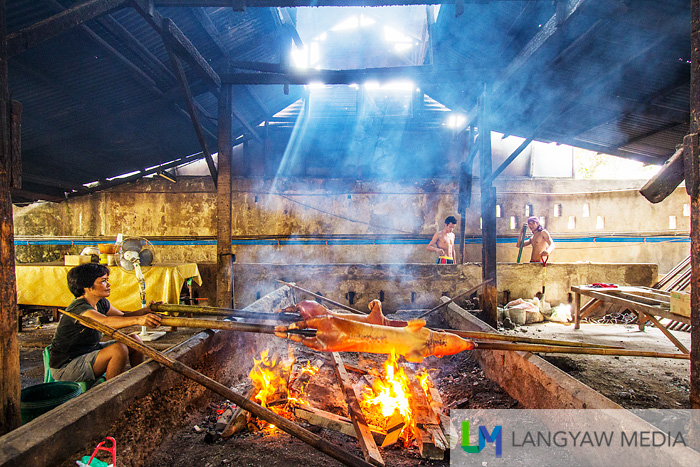 A lechonera roasting the best lechon in the country !