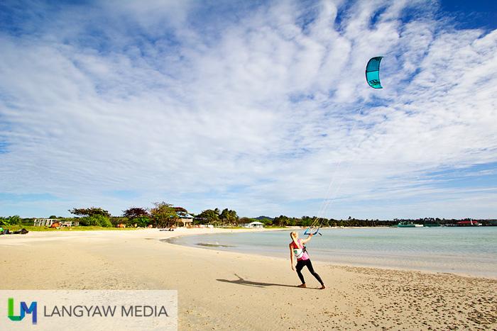 Capusan Beach kiteboarding