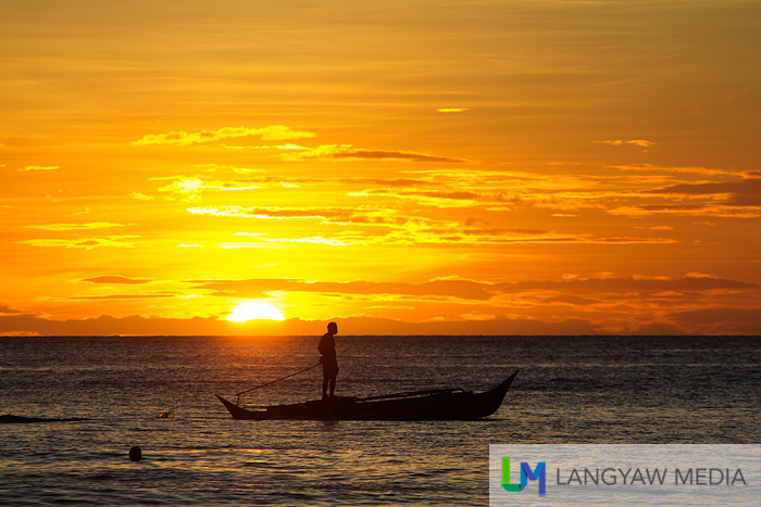The famous Boracay sunset as viewed from the beachside of Discovery Shores