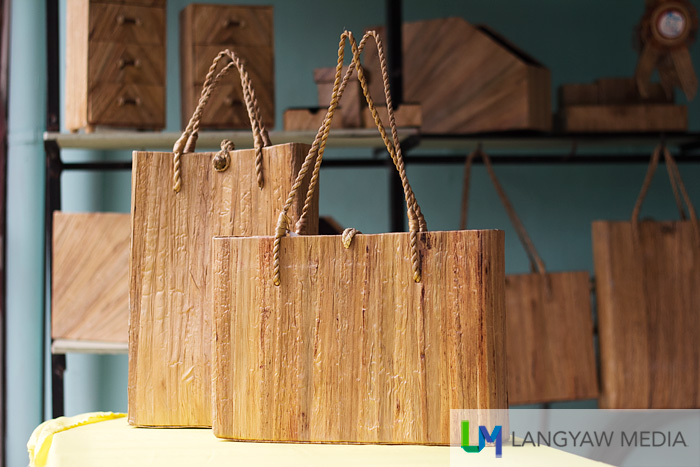 I love the texture of this handcrafted bags