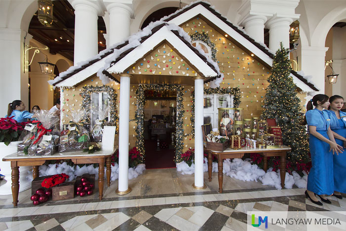 A true gingerbread house opposite the main entrance