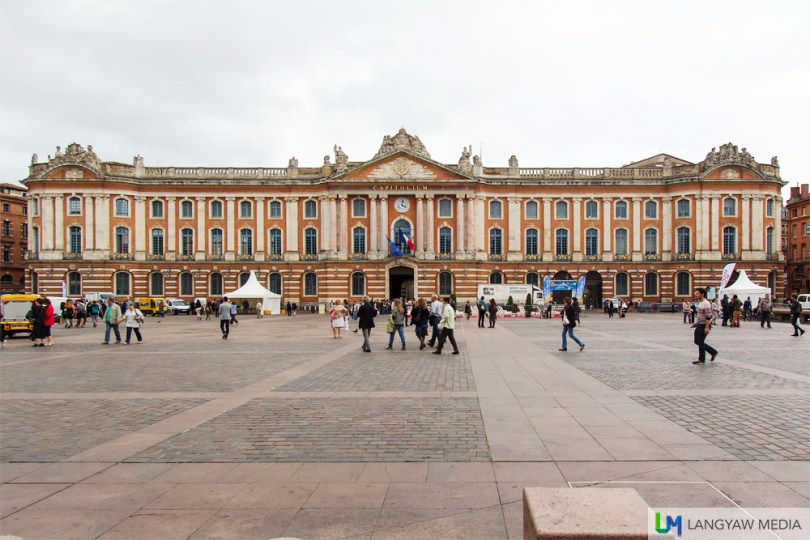 The Place du Capitole with the first building built in 1190. The current facade goes back to 1750 and the most recent renovations were done in 1995. The Capitole houses the city hall and is the residence of a local opera company, Théâtre du Capitole de Toulouse and a local symphony orchestra.