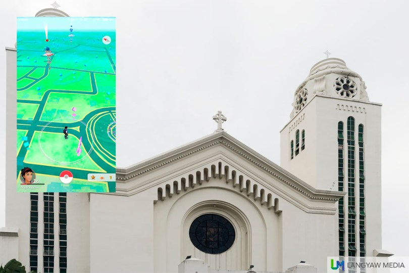 Redemptorist Church cluster has many Pokestops. Inset: Screencap showing the stops as seen from Fuente Osmena.