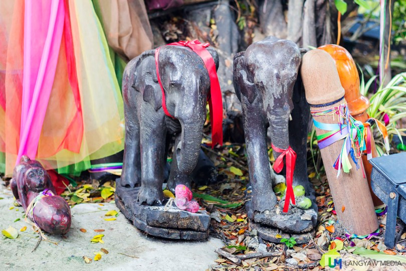 Colored cloth, elephants and...