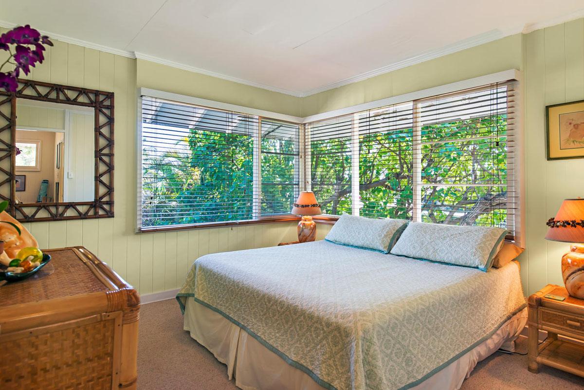 Lanikai Treehouse 2 Bedroom  Lanikai Beach Rentals